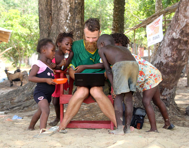Tag im Office: Blog Aktualisierung auf der Freetown Peninsula, Sierra Leone